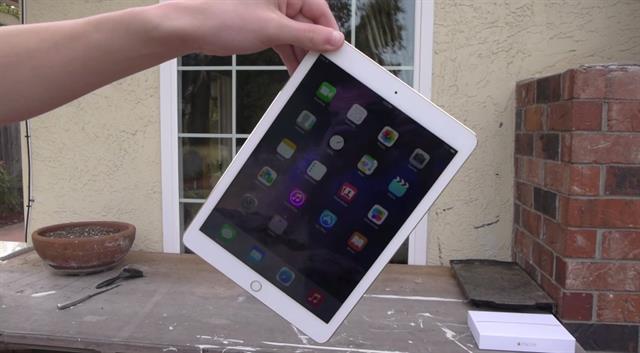 Nguyên nhân gì khiến iPad Air 2 không lên nguồn?
