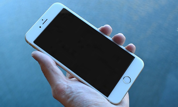 iPhone 6S Plus lỗi mất nguồn